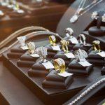 Agencement de bijouterie - Montres & Bijoux